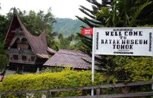 Informasi mengenai Desa Tomok wisata di Samosir yang menarik